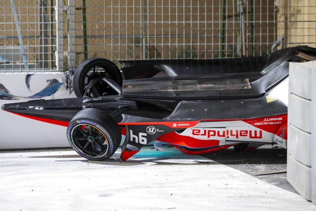 La voiture d'Alex Lynn s'est envolée lors d'un accident en Formule E